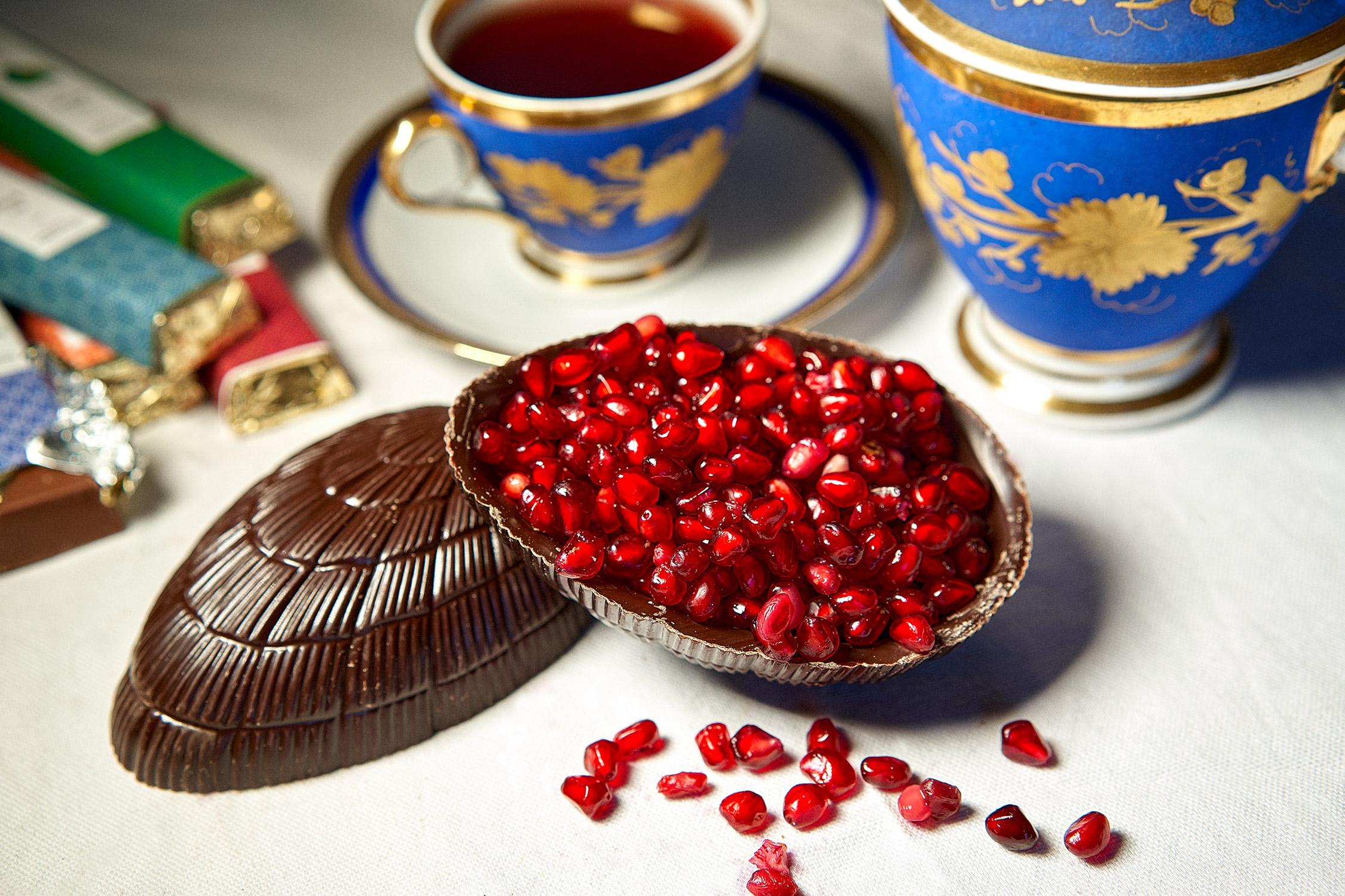 photo-luxe-packaging-haut-de-gamme-paques-easter-chocolats-oeufs-gateaux-chocolatier-Leger-Tournai-Mouscron-Belgique